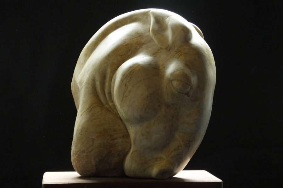 Horse Head II, serpentine, by Mel Fraser, contemporary stone sculpture