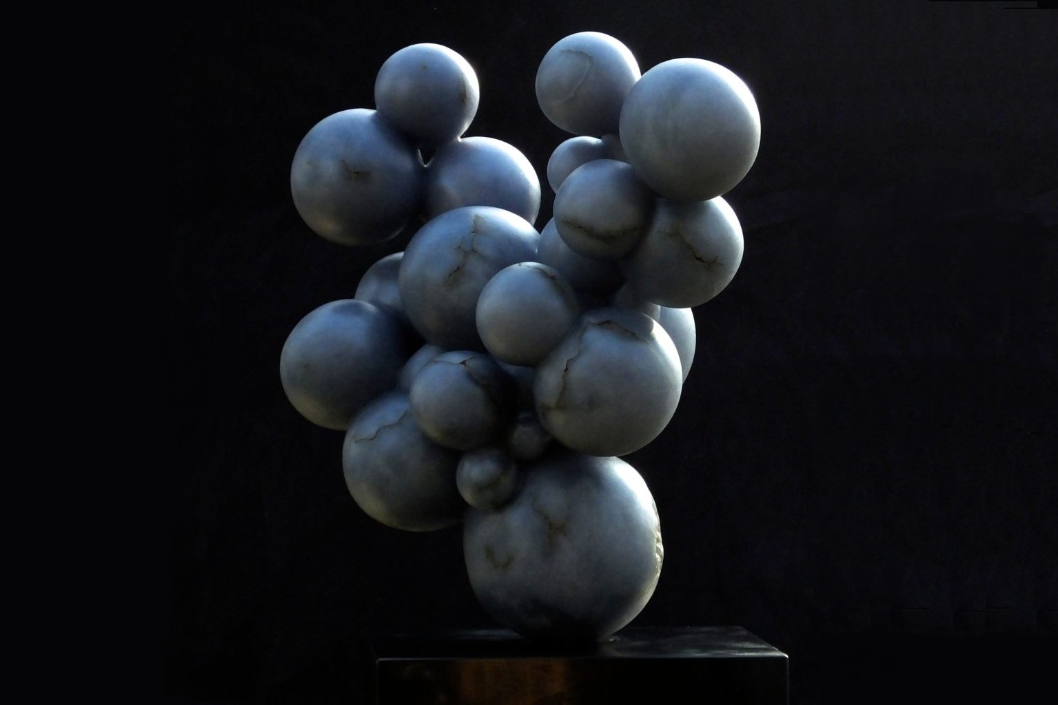 Grandi Bolle Blu, blue alabaster, by Mel Fraser, contemporary stone sculpture