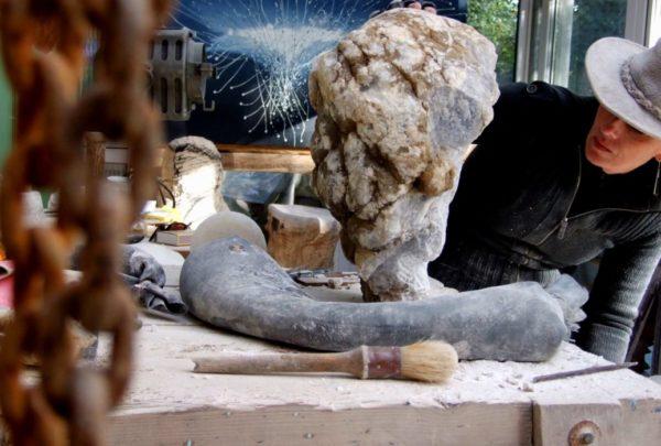 Mel Fraser contemporary stone sculpture