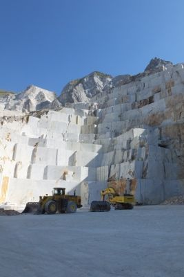 Cave Michelangelo quarry, Carrara