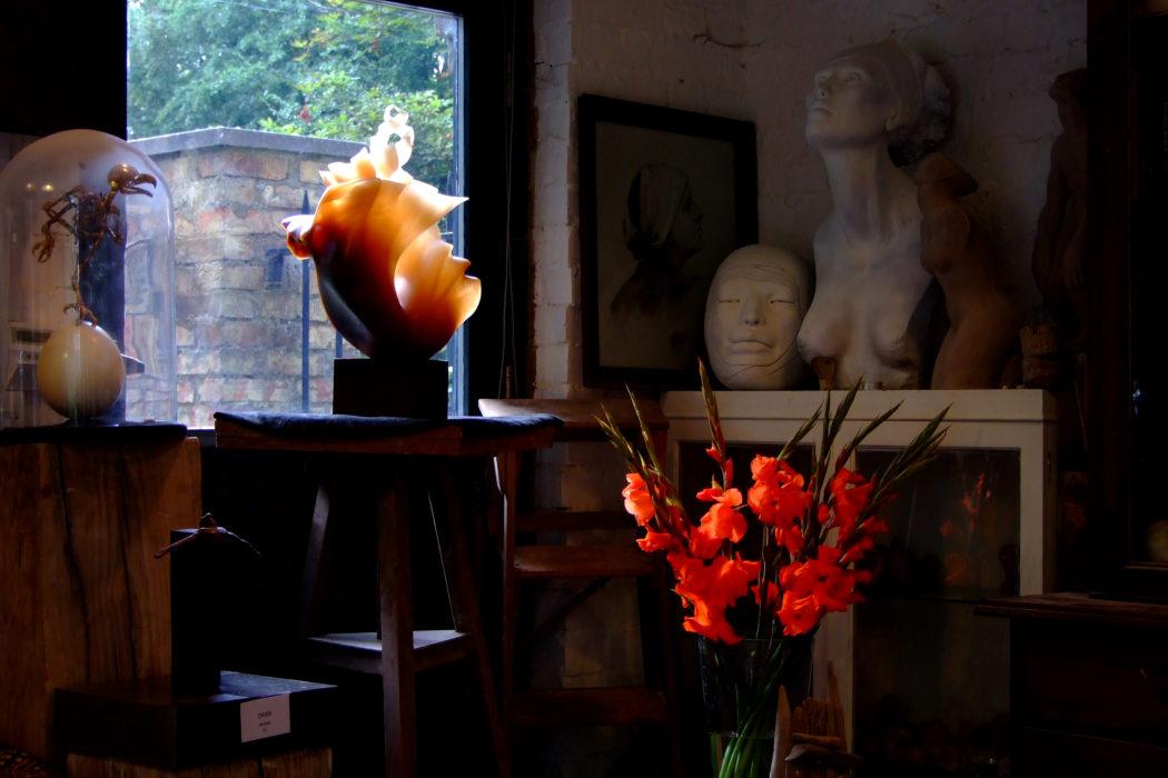 Mel Fraser, contemporary stone sculptor's studio